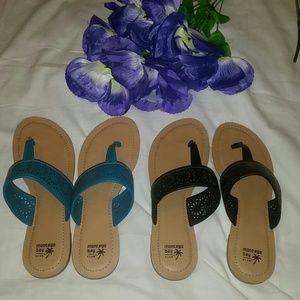 2 pair of Sandals ♡